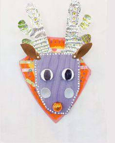 Upcycle Cardboard Reindeer Sculpture // www.smallhandsbig...