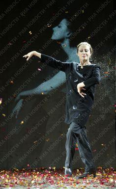 Maya Plisetskaya in a gala performance on her 80th birthday.