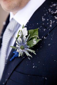 An Elegant Blue, Gray & Silver Winter Wonderland Wedding at Queen's Landing Hotel - http://fabyoubliss.com/2013/04/01/an-elegant-blue-gray-silver-winter-wonderland-wedding-at-queens-landing-hotel/