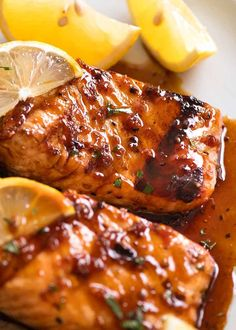 Salmon Recipes Discover Marinated Grilled Salmon Make your next grilled salmon AMAZING with a simple yet incredible Salmon Marinade that will infuse the salmon with extra flavour! Grilling Recipes, Fish Recipes, Seafood Recipes, Cooking Recipes, Healthy Recipes, Tilapia Recipes, Healthy Food, Fish Dishes, Seafood Dishes