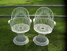 2 Vintage Mid Century Spun Fiberglass Patio Chairs ~ Russel Woodard? Lot B
