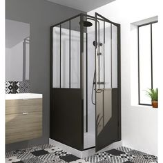 Cabine de douche carré x cm, Atelier Farmhouse Bedroom Furniture Sets, Hall Furniture, Black Bedroom Furniture, Wooden Bedroom, Furniture Ideas, Square Shower Enclosures, Diy Design, Kallax Regal, Shower Cabin