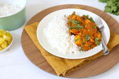 Op zoek naar een lekker, simpel en snel recept? Wat dacht je van rode curry met peultjes en mango? Super lekker en zo simpel!