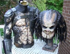 action figure My Predator Costume by Scott Marshall - Full Suit Up Video Added! Xenomorph Costume, Predator Costume, Predator Cosplay, To Catch A Predator, Predator Alien, Amazing Cosplay, Best Cosplay, Cool Costumes, Cosplay Costumes