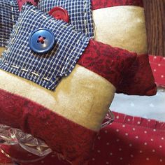 Primitive American Flag Bowl Fillers / Ornies - Hand Pieced Quilt Patriotic Flag - Set of 3 - Red White Blue Americana Americana Crafts, Patriotic Crafts, Patriotic Decorations, Country Crafts, Primitive Crafts, Country Decor, 4th Of July Celebration, Fourth Of July, Fabric Crafts