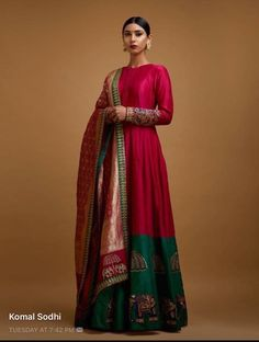 The Mall At Oak Tree ~ Mayyur Girotra couture's interpretation of traditional staples for the modern woman. Indian Gowns, Indian Attire, Indian Outfits, Ethnic Gown, Indian Ethnic Wear, Indian India, Kurta Designs, Blouse Designs, Ethnic Fashion