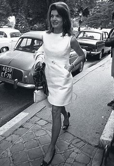 The 50 Best Fashion Tips of All Time | InStyle.com Take a cue from Jackie O, who had a closet full of sheath dresses. If you find an especially flattering fit right off the rack, go ahead and buy doubles. When it works, why question it?