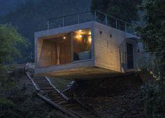 Masato Sekiya designed fishing cabin adaptable to using Shipping Containers.