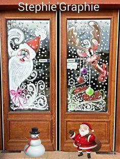Vitrine de Noël 2014. Christmas Window Display, Christmas Artwork, Christmas Window Decorations, Christmas Scenes, Christmas Paintings, Holiday Decor, Christmas Crafts, Christmas Tree, Christmas Windows
