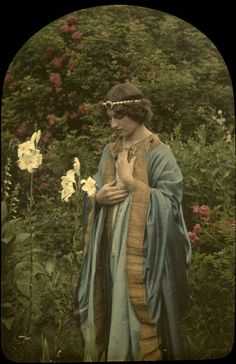 Autochrome color photo, Alponse Van Besten, 1912