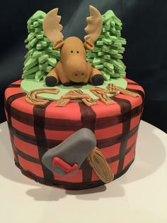 Moose lumber jack smash cake