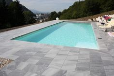 Pool Umrandung aus Naturstein Pool Pool, Beautiful Homes, Backyard, Outdoor Decor, Home Decor, Marble, Gardening, House, Architecture
