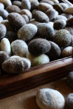 lil fish studios: how to make a solid wool felted stone
