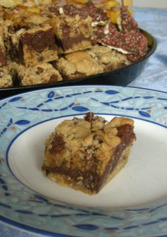 Jolene's Recipe Journal Gooey Chocolate Chip Sandwich Bars