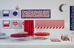 Pannelli con serigrafie su tessuto, disegni Ribbons, Diagonal, Stars, Alexander Girard, collezione Vitra Environmental Enrichment Panels. Info su Dcstore
