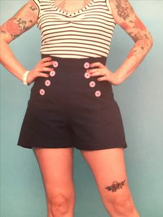 """Gertie SVC-Sailor Shorts.  2 5/8 yards 45"""" fabric. 9"""" invisible zipper. Fusible interfacing."""