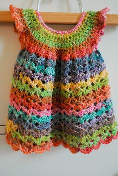The Underground Hooker: Baby Pinafore free pattern