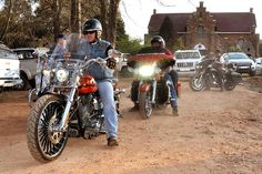 Davidson had a rally in Dullstroom that weekend. and obliged us with an escort out of town! Rally, Harley Davidson, Spring, Wedding, Mariage, Weddings