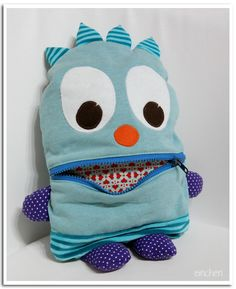 the pencil eating monster Sewing Toys, Baby Sewing, Sewing Crafts, Sewing Projects, Sewing Tutorials, Sewing Patterns, Monster Crafts, Creation Couture, Waldorf Dolls