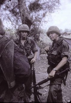 Soldiers of the 4th Infantry Division