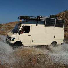 Mercedes Camper, Mercedes Benz Vans, Old Mercedes, 4x4 Camper Van, 4x4 Van, Ambulance, Adventure Car, Little Giants, Bus Life
