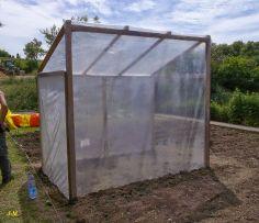 Jardin en Moselle un abri pour les tomates 100% récupe! DIY