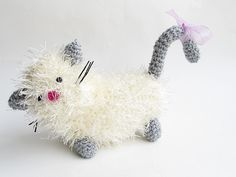 Little Things Blogged: Crochet - A Fluffy Cat Princess Amigurumi