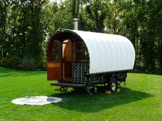 Traditional gypsy caravan built by Jim Tolpin, Port Townsend, WA: coach was modified to withstand freeway speeds while being towed by truck.