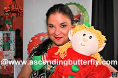Tracy Iglesias, Founder, Butterfly-in-Chief of Ascending Butterfly at the Elf Magic display at Blogger Bash Sweet Suite 2014 NYC Blogging Conference - http://www.ascendingbutterfly.com/2014/08/to-bloggerbashnyc-with-love.html