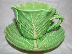 Google Image Result for http://www.holidays.net/store/img-large/mint-dodie-thayer-majolica-lettuce-cabbage-leaf-cup-and-saucer_140693110183.jpg