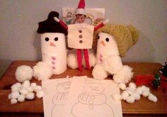 December 7th. Do you wanna build a snowman? Percy elf and his snowy friends brought some cotton wool and snowman pictures so the boys can have some sticking fun :D