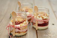 Jennys Backwelt: Beeren Cantuccini Dessert