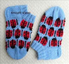 Cool Socks, Awesome Socks, Knitting Socks, Ladybug, Knitting Patterns, Knitting Machine, Tricot, Knit Patterns, Threading