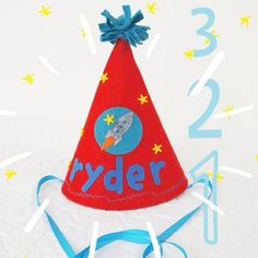 Personalized party hats by Mosey | Cool Mom Picks