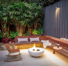 EcoSmart Mix 850 Bioethanol Freestanding Fire Bowl Looking to build an eco-conscious space? Then the Mix 850 Fire Bowl is perfect for you. This fire feature is fueled by bioethanol, which is clean burning and produces no soot or ash! Back Garden Design, Small Backyard Design, Backyard Patio Designs, Small Backyard Landscaping, Backyard Pools, Small Garden Landscape Design, Ideas For Small Backyard, No Grass Landscaping, House Garden Design