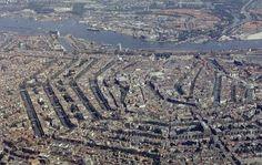 Amsterdam airphoto.jpg 17th century defense line around Amsterdam
