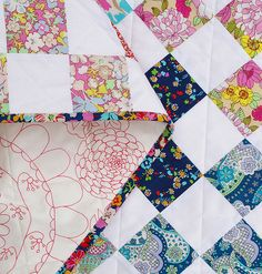 Red Pepper Quilts: Bloomsbury Gardens: Nine Patch Quilt @Rita - Red Pepper Quilts #LibertyLifestyle #Bloomsbury