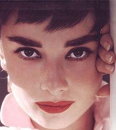 Audrey #gorgeous #audreyhepburn