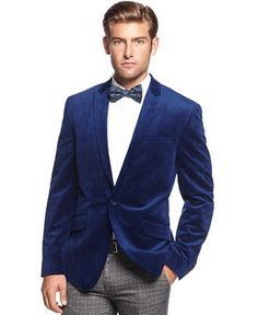 Liven up your dressed-up look with the plush finish of this Bar III slim velvet sport coat.