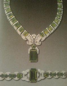 Peridot and diamond demi parure  Cartier  1936,  Duchess Of Windsor Wallis Simpson.....Uploaded By www.1stand2ndtimearound.etsy.com