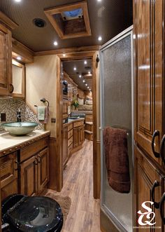 Great space in this bathroom!