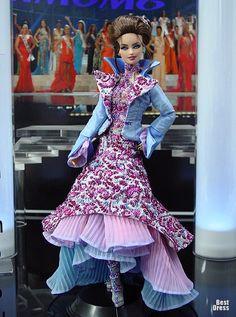 Ninimomo's Barbie.  Americas (North, Central, South).  2009/2010  Miss Falkland Islands (Dress Zuhair Murad)