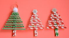DIY de Noël : des sapins colorés avec des pailles en papier