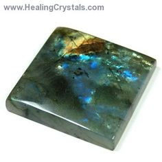 Labradorite is helpful during times of transformation and change. Code HCPIN10 = 10 %off in addition to the sale discount!