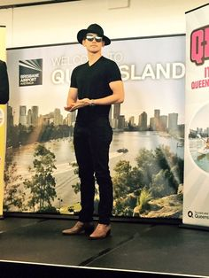 15-11-19 Rain @ (BNE) Brisbane Airport for the Queensland QPOP Tour