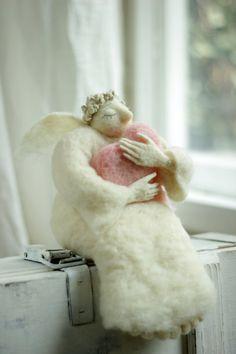 Dreamy  Angel with A Big Pink Heart  Needle от FeltArtByMariana, $160.00