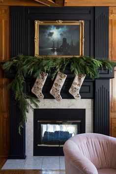 The Makerista: Simple Decor Additions for Christmas Christmas Mantels, Christmas Home, Christmas Tree Decorations, Christmas Fireplace, Christmas Ideas, Fireplace Garland, Winter Decorations, Christmas Nails, Elegant Christmas
