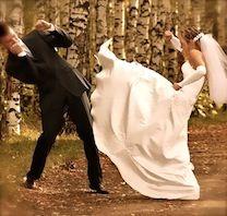 Hilarious Bride & Groom Photo!