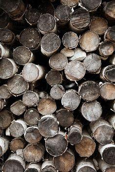Natural Wood   Image via natashakills.tumblr.com