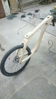 Wooden Bicycle, Wood Bike, Wooden Projects, Woodworking Projects Diy, Recumbent Bicycle, Wood Frame Construction, Tyre Shop, Scooter Bike, Bicycle Pedals
